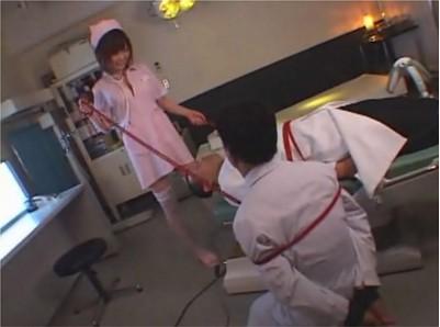 【逆レイプ】ドクター二人の精液を抜き取る巨乳の小悪魔ナース 病院の患者全員からザーメンをしぼりとり残るは医者のチンポのみという好き者看護士 アノ花岡じったが犯された