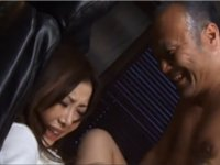 念願の浜崎先生の処女を奪って満悦の教頭