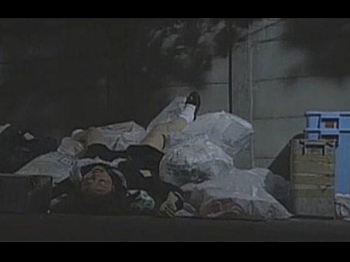 【Vシネマ】連続暴行犯による相手を選ばない無差別レイプ ゴミ捨て場に捨てられたJK 犯人の目の前で一緒に居た女が犯された