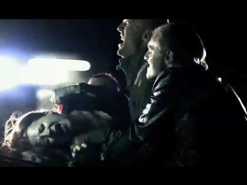 【濡れ場】性暴力 殺気を感じて逃げる女性の残忍なレイプシーン エマ・トンプソンの短編映画 犯した女性に小便をかけ暴行 YouTube
