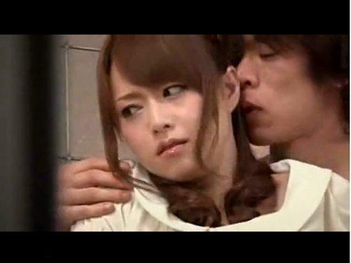 【吉沢明歩】夫の同僚に脅迫レイプされた美人妻 自分の事を淫乱なメス犬等と言う男に絶対抱かれたくないのに、否定も抵抗することもできない