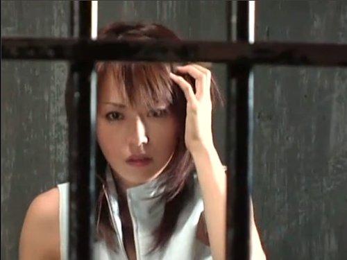 【灘ジュン】眠らされて拉致、牢屋に閉じ込められた女豹のように美しい女 今までの自分を捨てて解放する為に全てを晒しながらハメられた ★無修正
