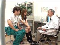 産婦人科医とグルになって妊娠検査に彼氏と一緒に来た(女子校生/女子大生/美淑女)の股間をオカズにせんずりさせてもらい発射する時にこっそり中出ししてヤる