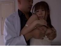 麻美ゆまの無料レイプ動画