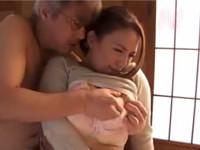織田真子の無料レイプ動画