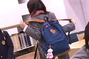 二次試験に向けて図書館で追い込みをかける受験生を連続レイプ!