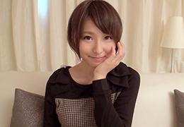 彼氏と別れて寂しい竿竹屋勤務の美少女がAV出演 (茜21歳)