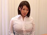 仕事中に犯される美人秘書
