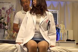 エリート女医にエロマッサージ